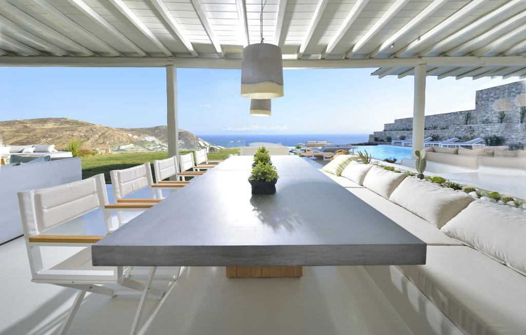 Villa White Lady - External Dining