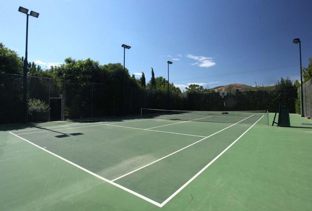 17-Tennis_95241