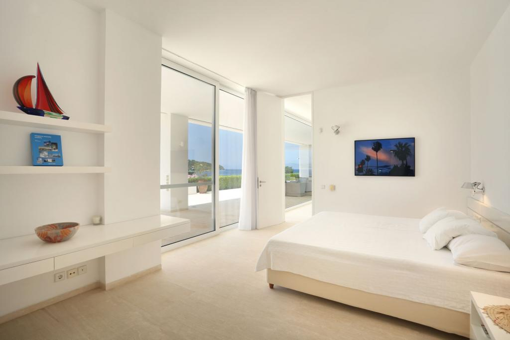 PHEL_014-blue_mosaic_villa_porto-heli_master-bedroom