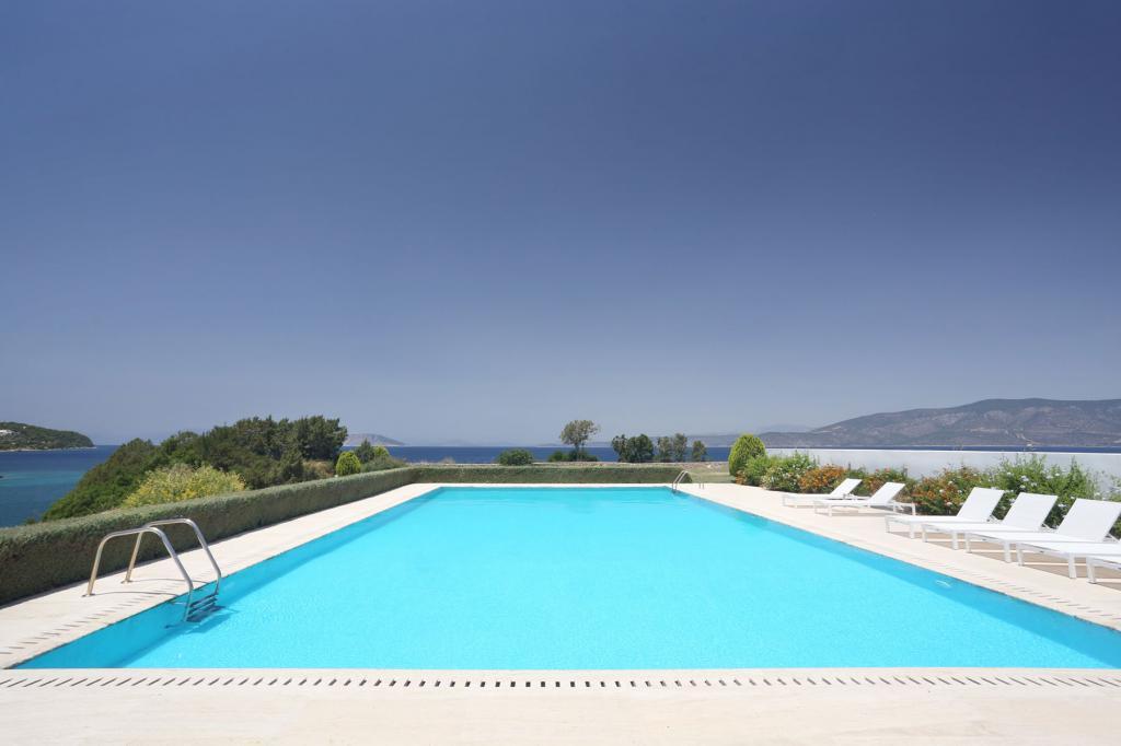 PHEL_014-blue_mosaic_villa_porto-heli_pool-5