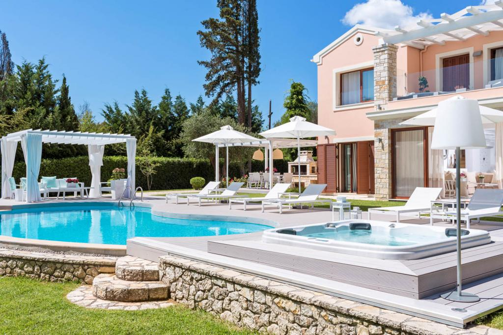 Beach Blanket villas