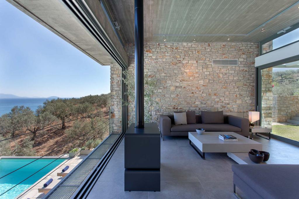living-room-pool_268