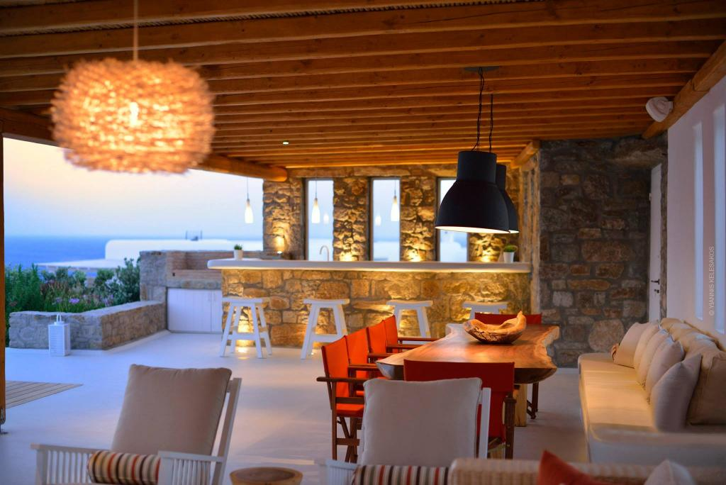 Habanero Margarita - Bar & External Dine area