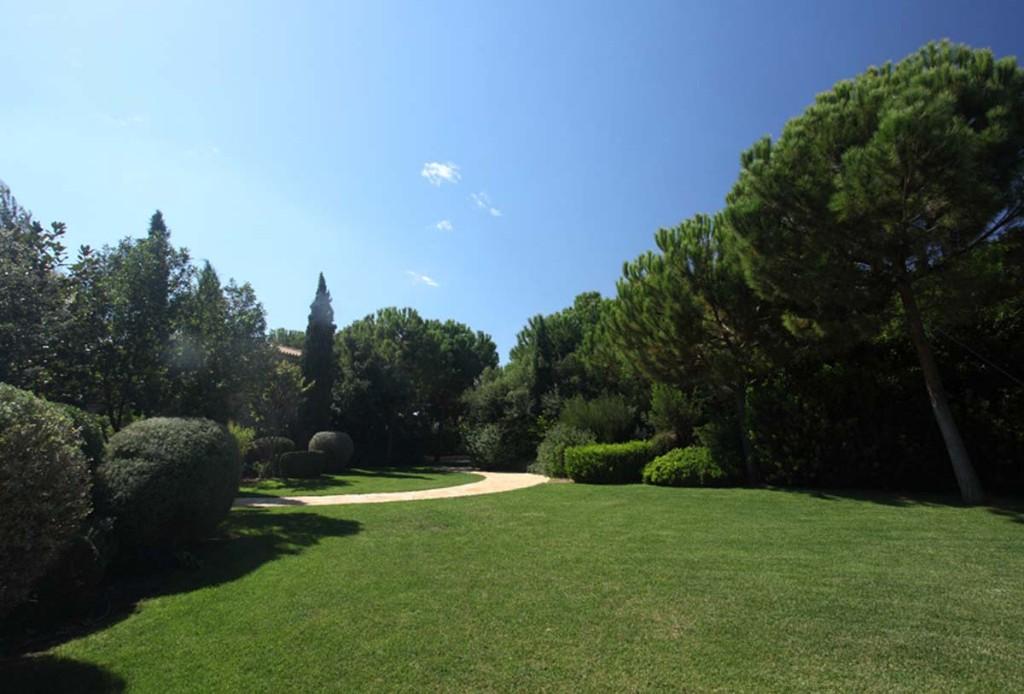 14-Garden_95381