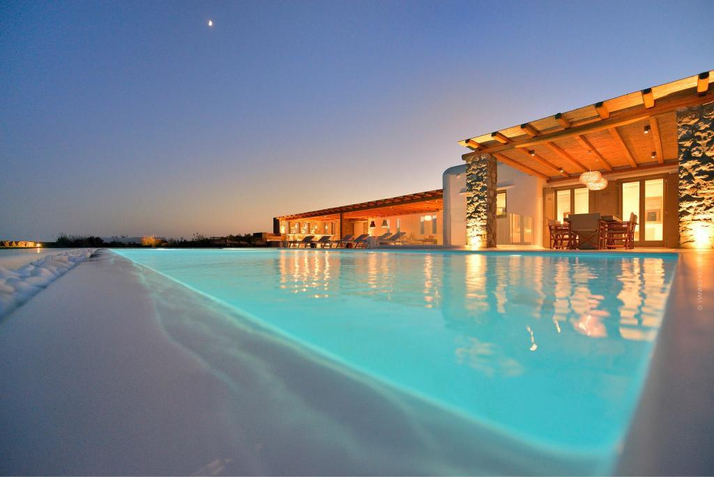 Habanero Margarita - Pool