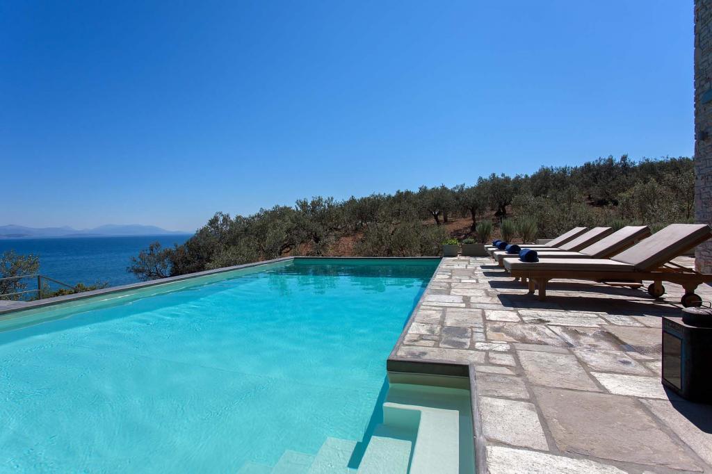 pool-olive-grove_278
